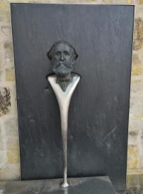 Gedenkskulptur für Heinrich Göbel