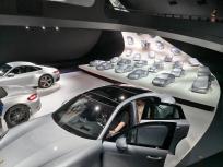 Im Porsche Pavillon
