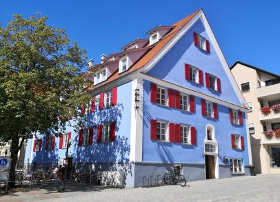 Blau wie der Himmel - Haus am Marktplatz