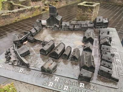 Modell das mittelalterlichen Zentrums von Duisburg mit der Stadtmauer und dem Marktplatz direkt am Rhein