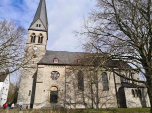 Die kath. Pfarrkirche St. Nikolaus