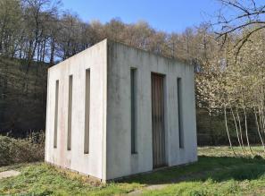 Kunstinstallation an der Brügger Mühle am Ortsrand von Erkrath