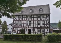 Mittelalterlich ungerade :-)