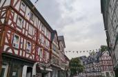 Häuser in der Haupteinkaufsstraße