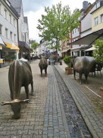 Brunnenanlage in der Fußgängerzone Alte Poststraße in der Oberstadt