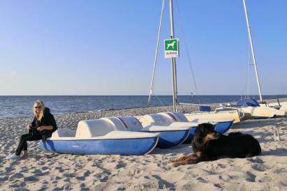Leihboote am Strand