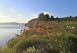 Steilküste auf der Halbinsel von Klein-Zicker