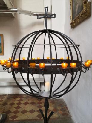 Hier brennt ein Kerzlein für meine Lieben