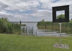 Blick auf den See am Stadtrand von Neustrelitz