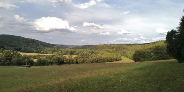Blick in das Tal bei Hetschburg