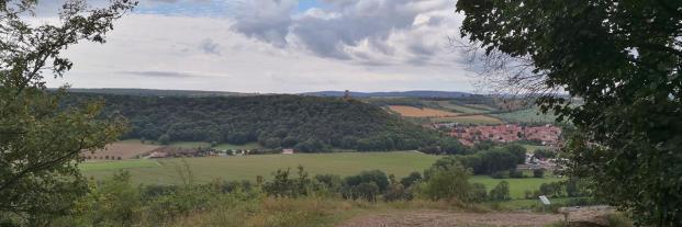 Panoramablick von der Gleichenburg zur Mühlenburg