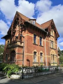 Historische Häuser an der Saale
