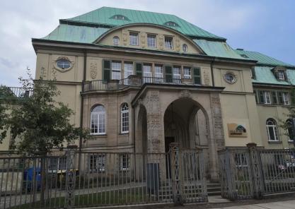 Prächtige Villa in der Parkstraße am Schwanenteich