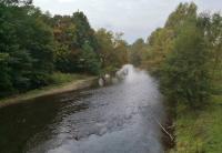 Am Rand von Troisdorf überqueren wir die Agger zurück in Richtung Siegburg