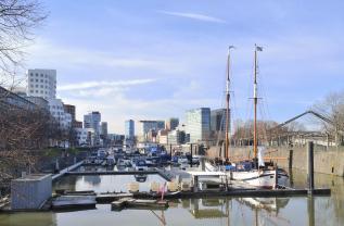 Boote im Sporthafen am Funkturm