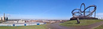 Blick vom Magin Mountain über die Rheinnahen Stadteile von Duisburg