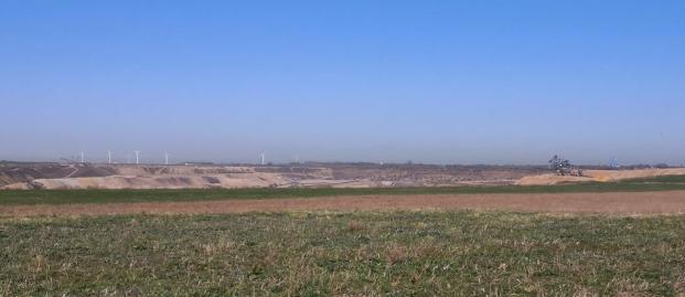 Blick zum Tagebau Garzweiler I Nord