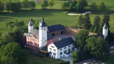Luftbild von Burg Zievel (Foto Wolkenkratzer | http://commons.wikimedia.org | Lizenz: CC BY-SA 3.0 DE)