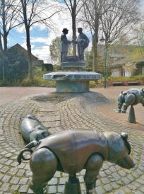 Der Schweinemarktbrunnen am Neutorplatz
