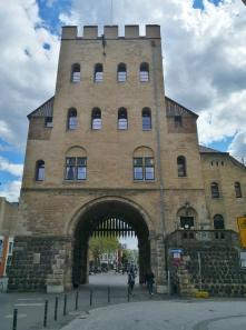 Severinstorburg am Chlodwigplatz