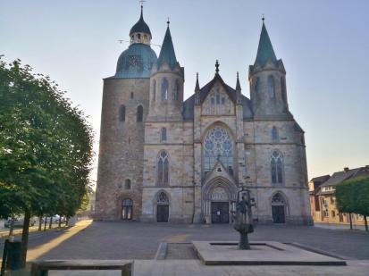 """Die katholische Pfarrkirche St. Viktor in Damme, im Volksmund als """"Dammer Dom"""" bezeichnet"""