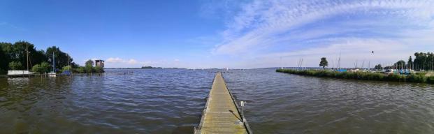 Panoramabild vom Bootssteg am Olgahafen