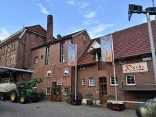 Hof der Brennerei Rosche