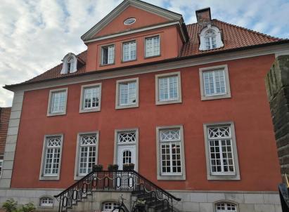 Das frühere Rathaus, heute Burghotel