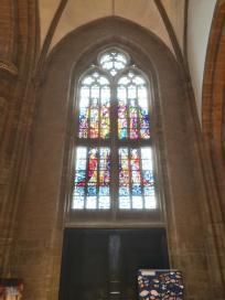 Kirchenfenster in St. Dionysius