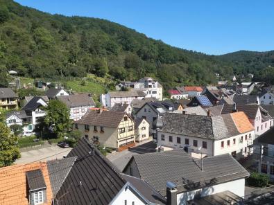 Blick von der Burg ins Zentrum von Heimbach