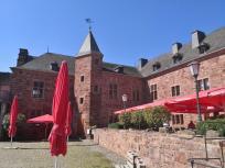 Restaurant im Innern der Burg