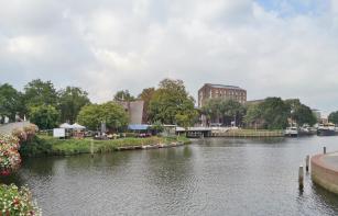 Blick über die Rodetorenbrug zur Hofvlietbrug