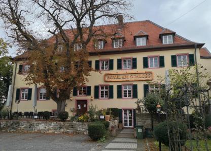 Alten Kellerei neben dem Schloss, heute ein Hotel