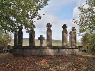 Kriegerdenkmal oberhalb von Nohen