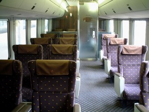 Green seat on 787 series gives you the best comfortability in JR trains. (C) Sonic Rail Garden