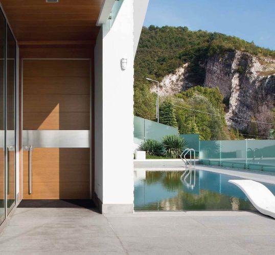 luxury villa with synua door