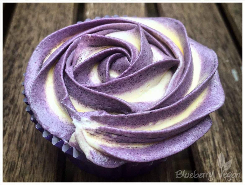 Blaubeer Vanille Cupcake