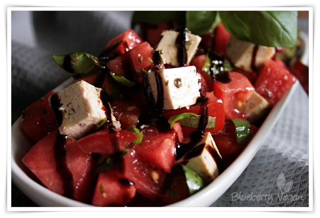 [cml_media_alt id='5067']Wassermelonensalat mit Basilikum und Tofu-Feta[/cml_media_alt]