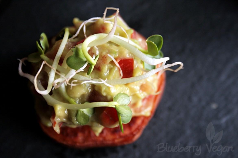 [cml_media_alt id='8389']fingerfood-suskartoffel-taler-mit-guacamole-und-sprossen-vegan[/cml_media_alt]