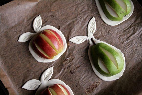 Apfel und Birne mit Blätterteig