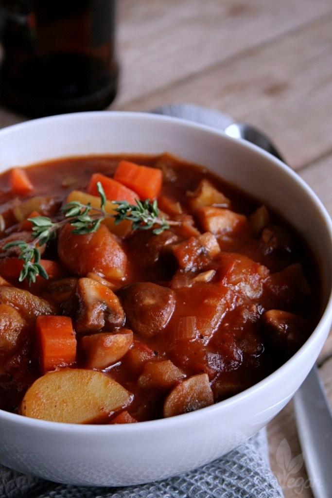 Herzhafter Pilz-Kartoffel-Eintopf mit Schwarzbier