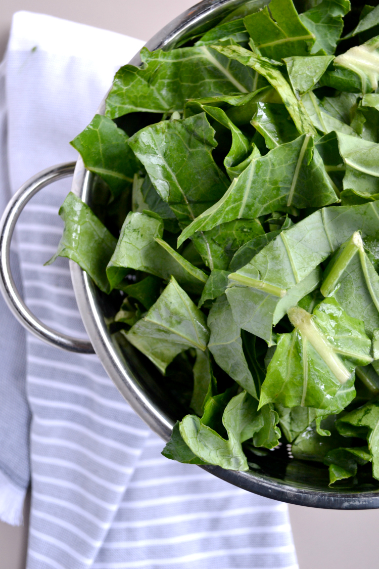 Southern Style Collard Greens are slow cooked with pork and taste just like grandmas. These southern greens are zesty, spicy and perfectly meaty!