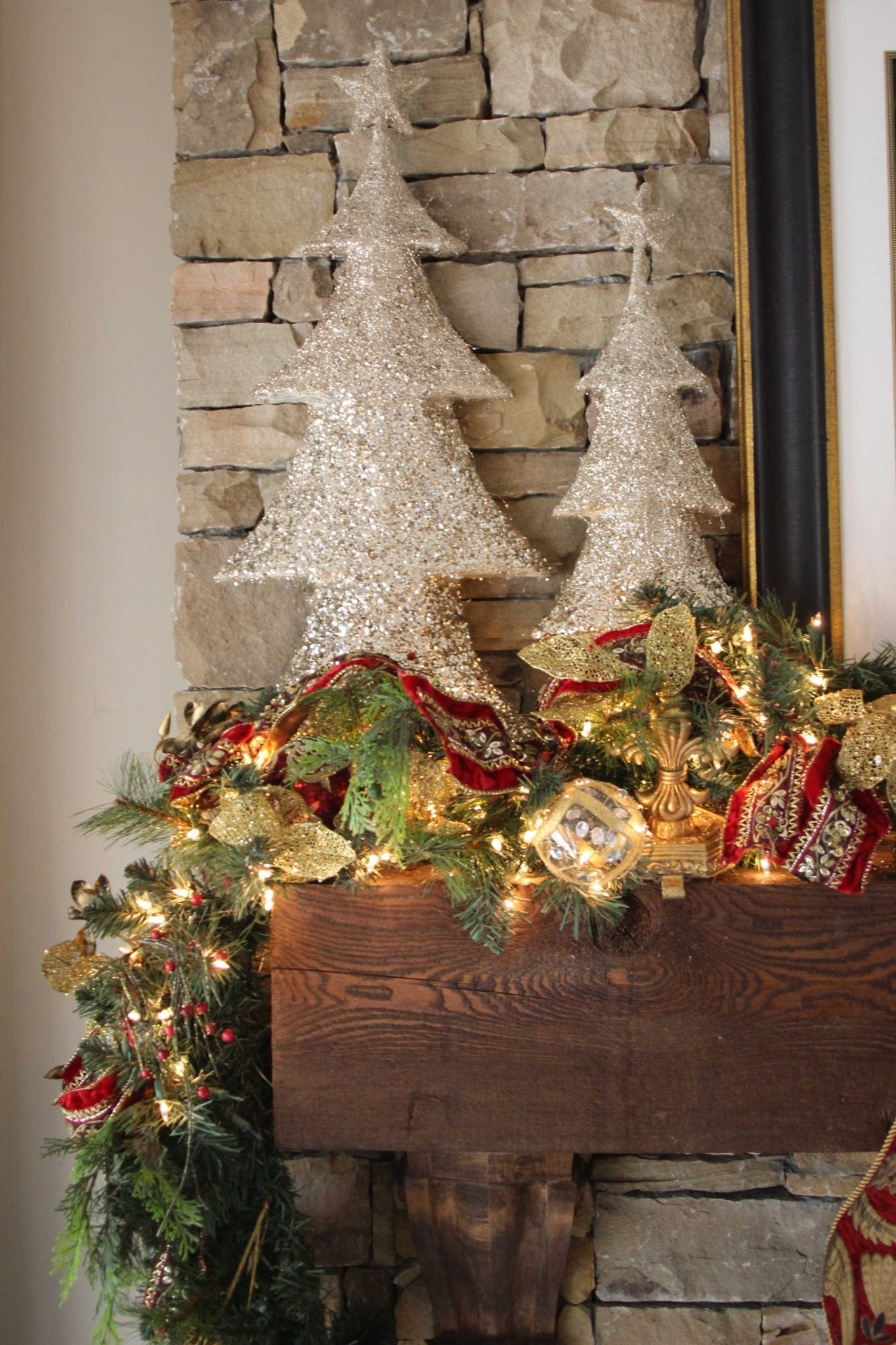 Holiday home decor. How to decorate a fireplace mantel for Christmas.