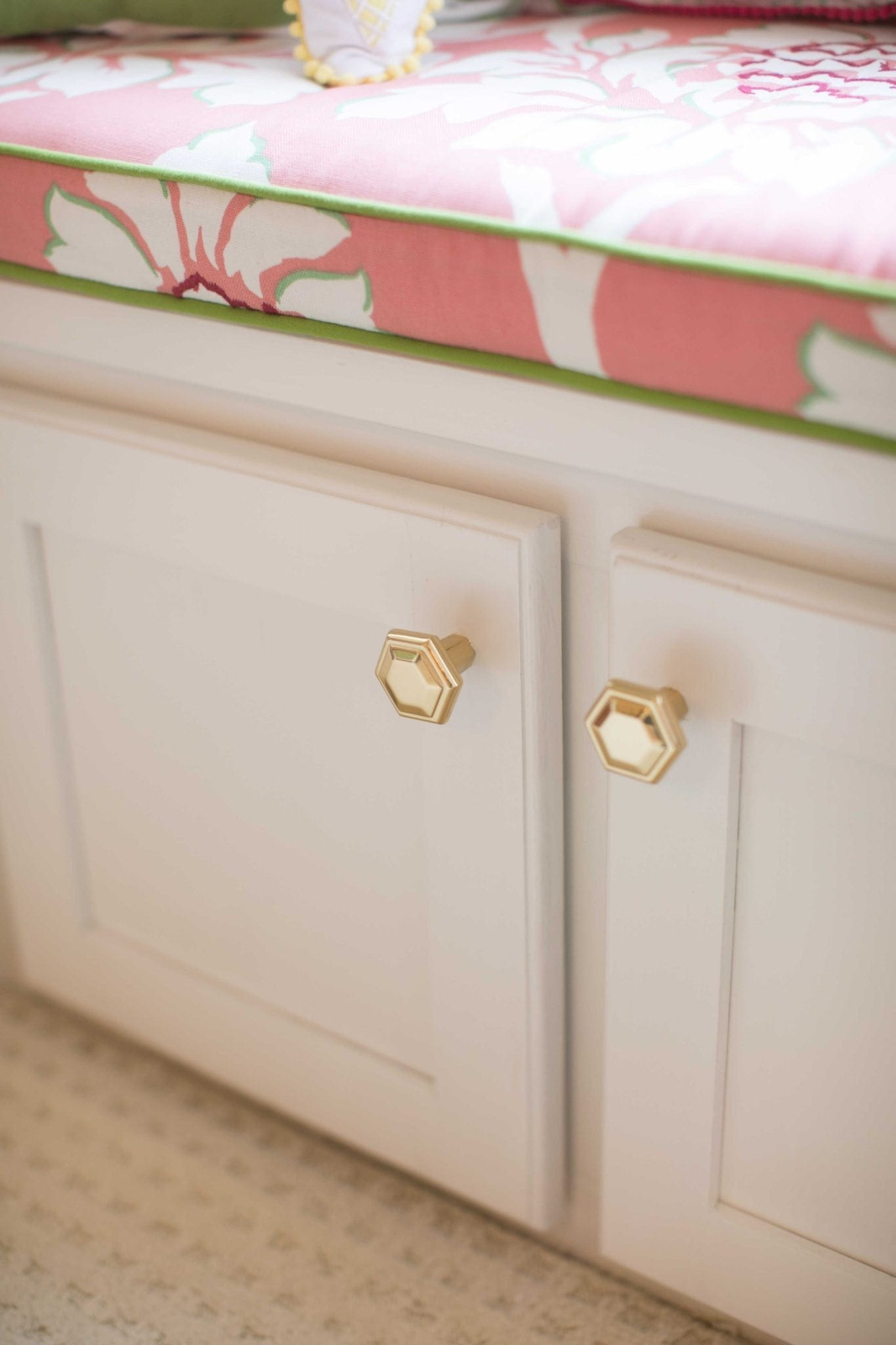 geometric gold knobs from bellacaor that look like CB2 gold hardware