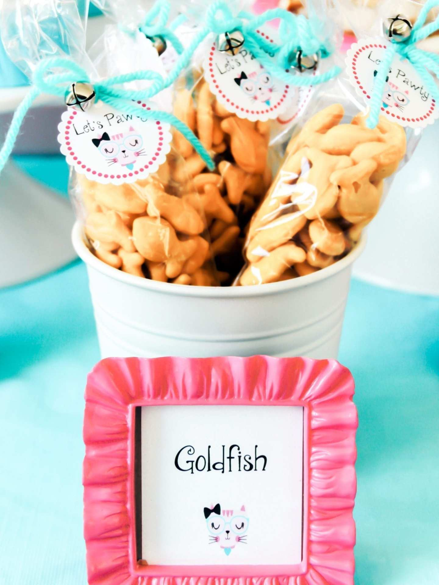 Kitten party favors with goldfish