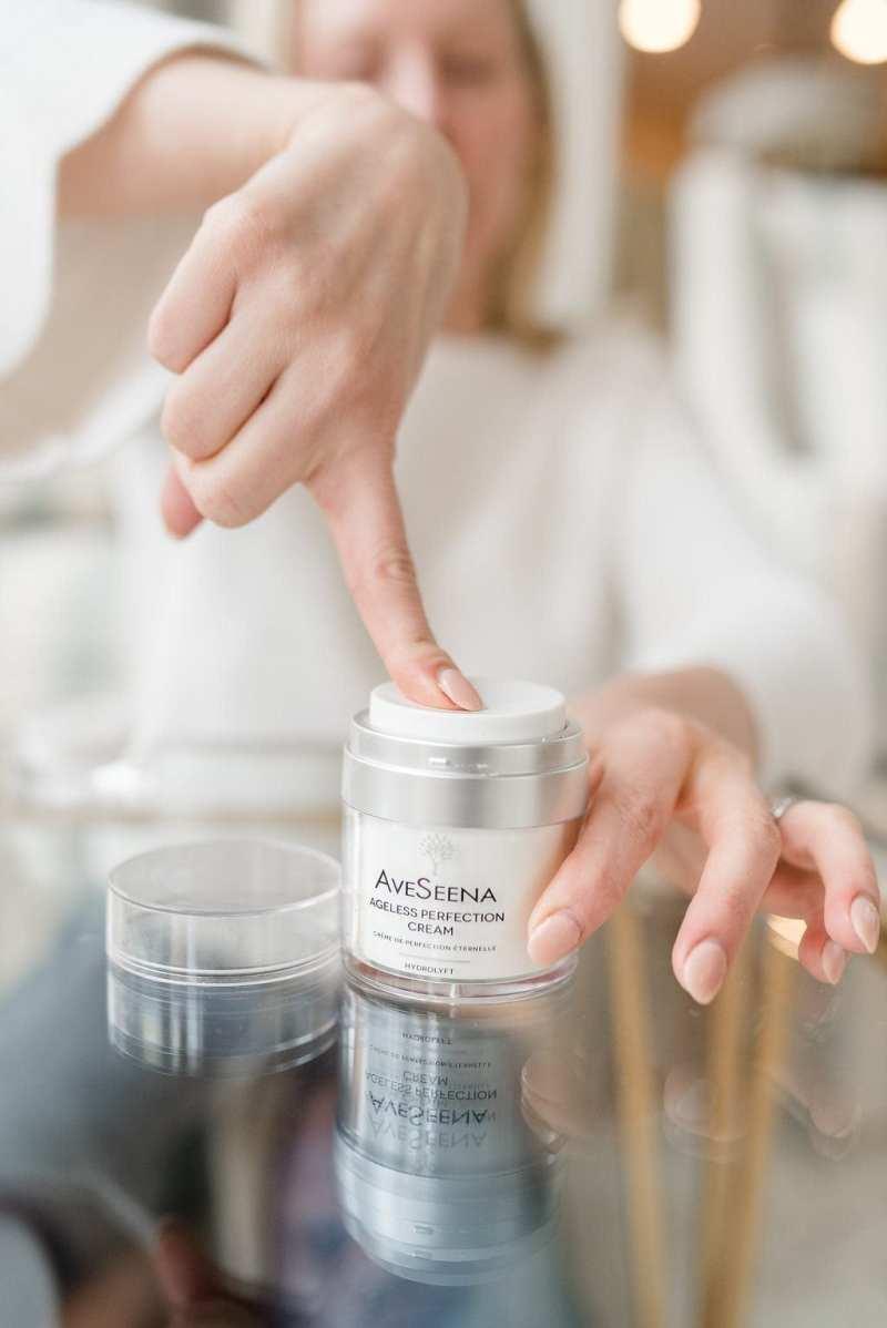 Best skin moisturizer for mature skin.