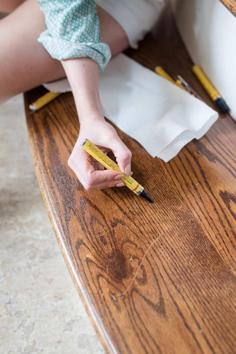 Fixing Floor Scratches with paint markers.
