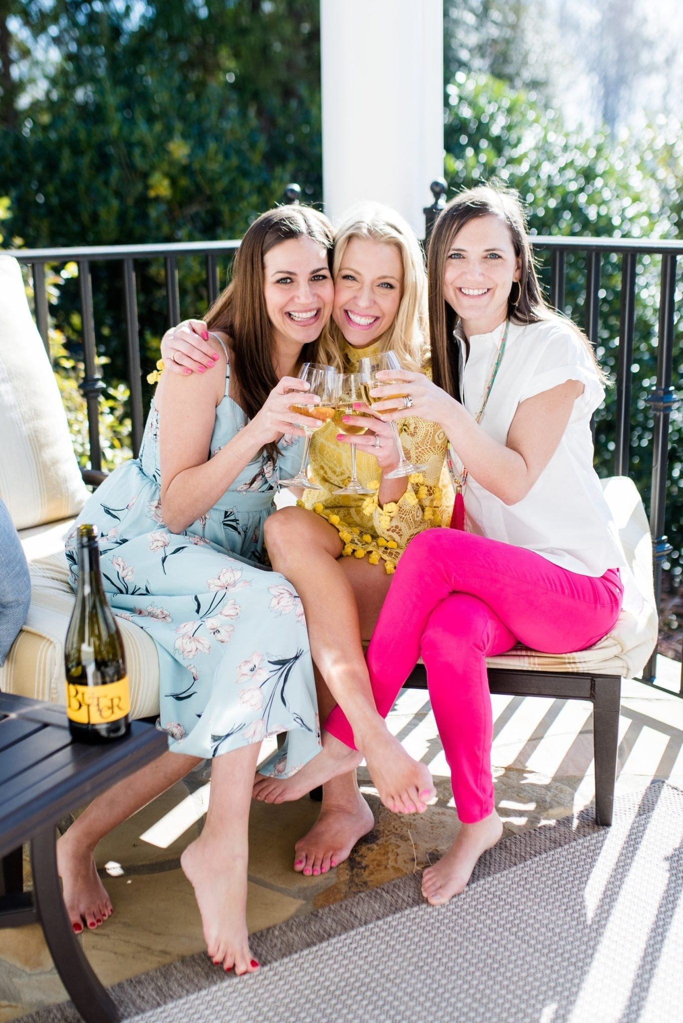 Lifestyle blogger, bluegraygal, with friends. Atlanta blogger partners with Butter Wine for tips to throw great party with friends.