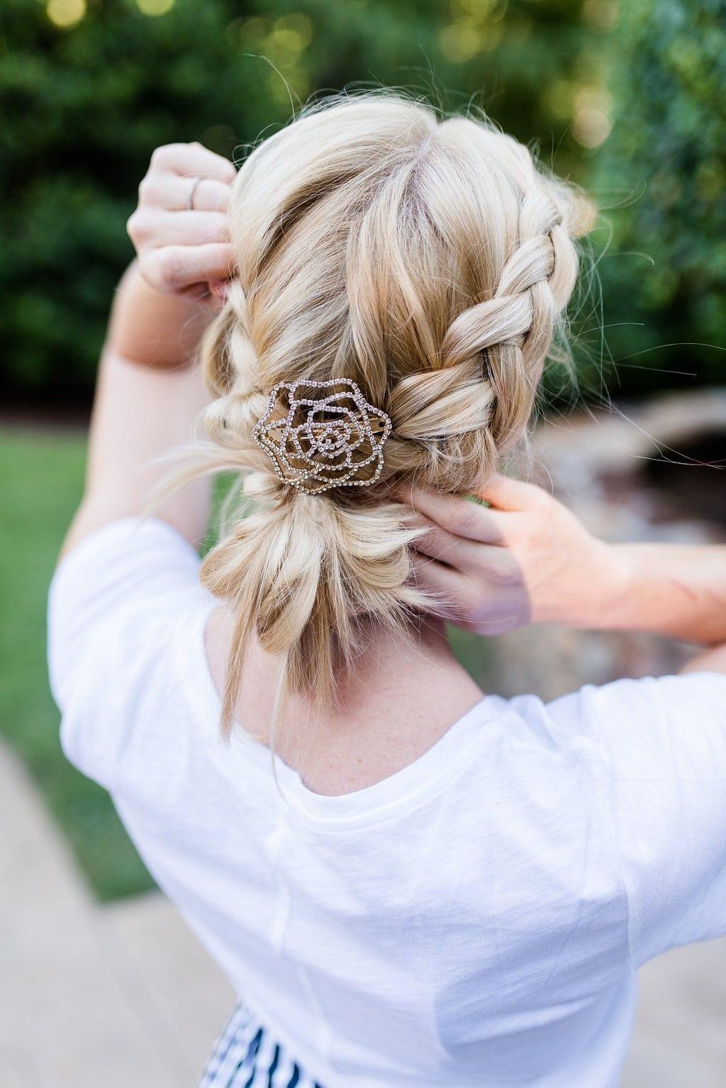 Braid hairstyles for women. Easy side dutch braid.