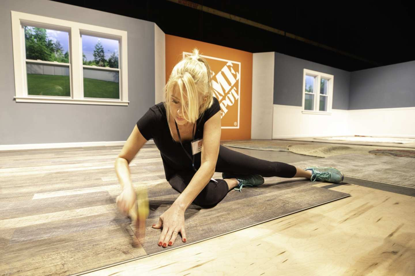 Lifestyle blogger, bluegraygal, Kelly Page installed vinyl hardwood floors with The Home Depot and HGTV.